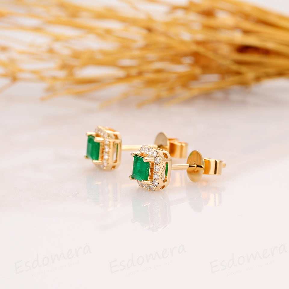 Princess Cut 0.8CTW Natural Emerald Earring, 14k Yellow Gold