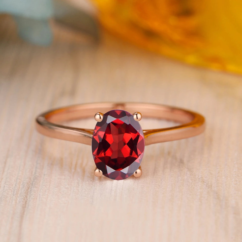 925 Sterling Silver - Solitaire 6x8mm Oval Cut Natural Red Garnet Ring