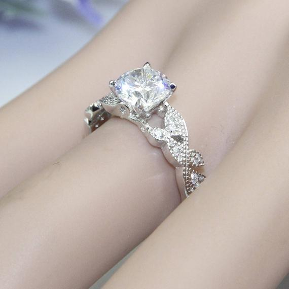 4 Prongs 1ct Esdomera Moissanites Ring, Butterfly Style Engagement Ring