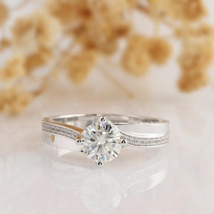 Round Cut 1ct Moissanite Ring, Twist Double Shank Accents Ring