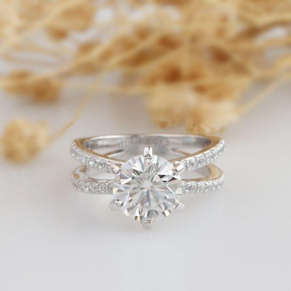 Split Shank Moissanite Ring, Round Cut 2ct Moissanite Double Shanks Accents Ring, 14k White Gold Engagament Ring, Promise Ring, Wedding Ring