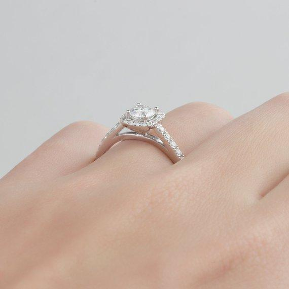Round Cut 0.5 CT Moissanite Ring, Halo 14k White Gold Ring
