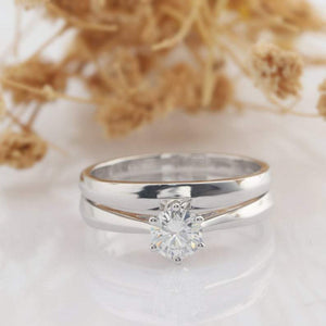 Round Cut 0.5ct Solitaire Moissanite Bridal Set Tapered Wedding Ring Set