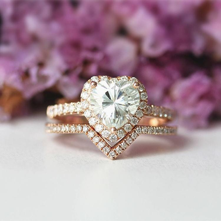 925 Sterling Silver - Heart Shape 1CT Halo Moissanite Bridal Set