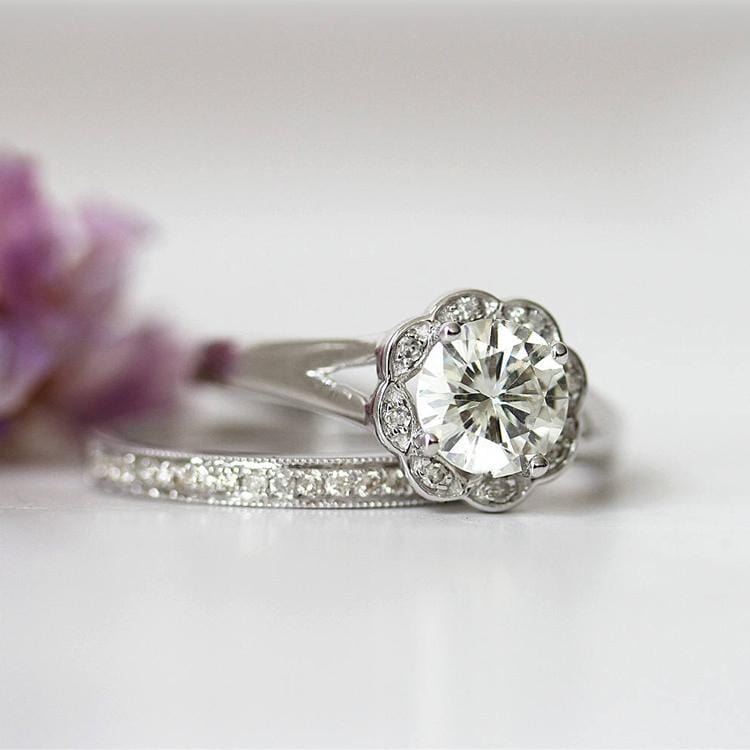 925 Sterling Silver - Round Cut 1CT Floral Moissanite Bridal Set
