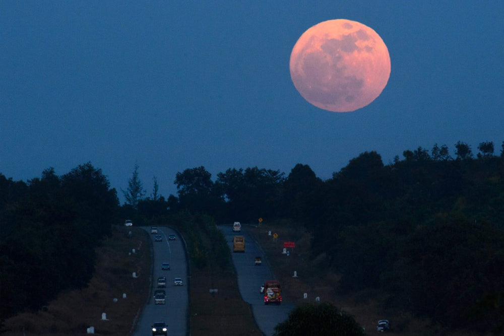 The Supermoon Phenomenon – What is Really Happening?
