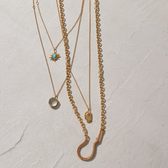 Woven Hook Necklace in Gold