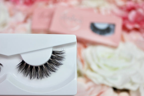 Vegan Clear Band Faux Mink Lashes