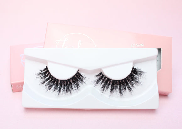 3D Mink Lashes - Showgirl Lite