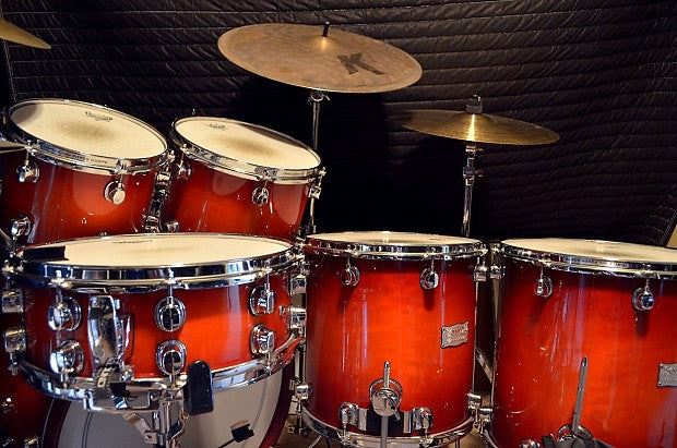 Mapex Saturn Drum Set Rental - Transparent Cherry Fade