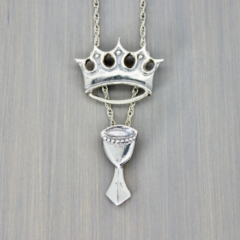 The Queen of Cups Necklace