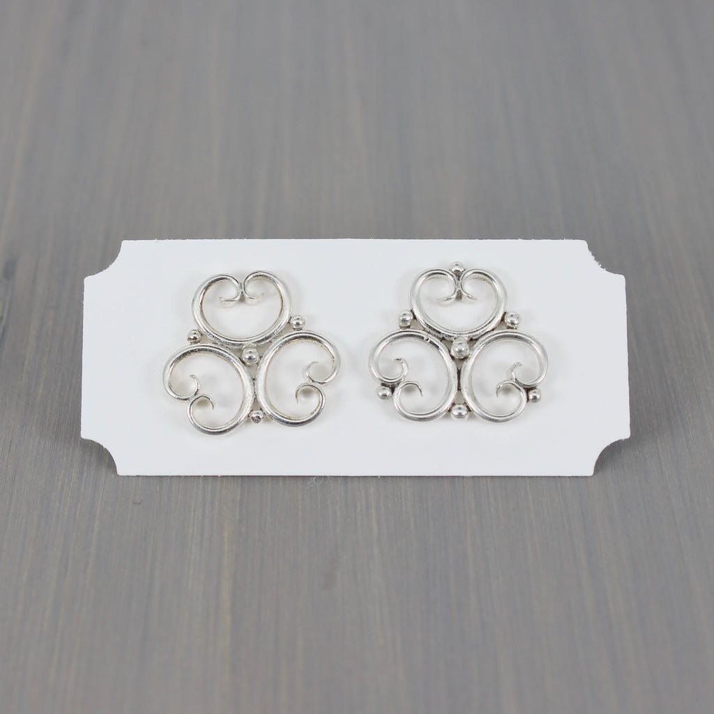 Trefoil Post Earrings