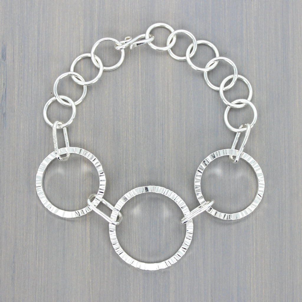 Hammered Loop Link Bracelet