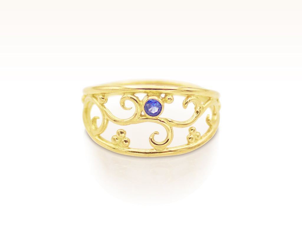 Blue Sapphire 18K Gold Forged Filigree Ring: Size 7