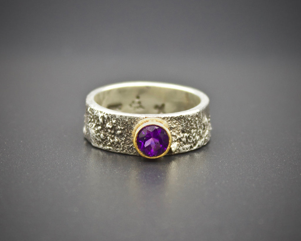 Moondust in Argentium with Amethyst and 18K Gold: Size 6