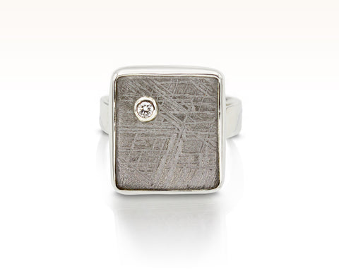 Diamond Stardust Cabochon Tile Ring: Size 8