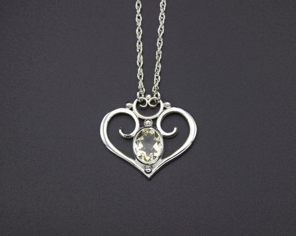 Queen of Hearts Sunstone Pendant