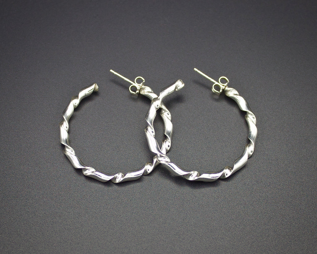 Ribbon Twist Hoops