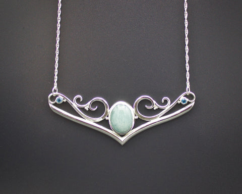 Aphrodite's Crest Necklace