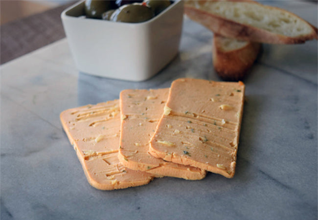 Main Vegan Deli Chedd-aah Chive and Onion