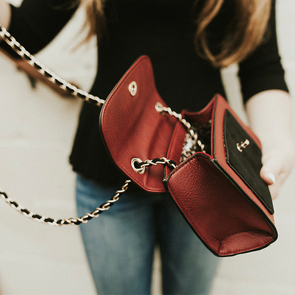 Carrie Chain Strap Crossbody - 4 Colors
