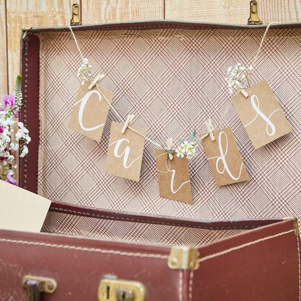 CARDS BUNTING AND PEG SET - RUSTIC COUNTRY