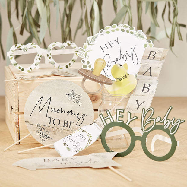 10 Baby Shower Photo Props - HoorayDays