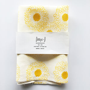 Yellow Daisy 100% Linen Fabric - Fat Quarter