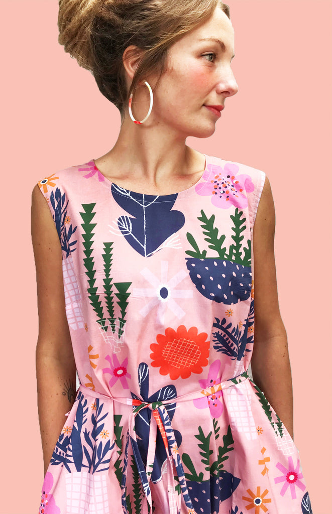 Peach Retro Pot Plant Garden 100% cotton dress with pockets (sleeveless)