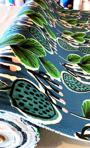 Load image into Gallery viewer, Coral Cactus 100% cotton satin per metre