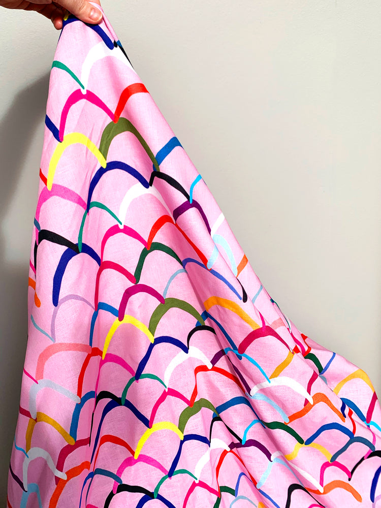 Load image into Gallery viewer, Pink Waves cotton linen per metre