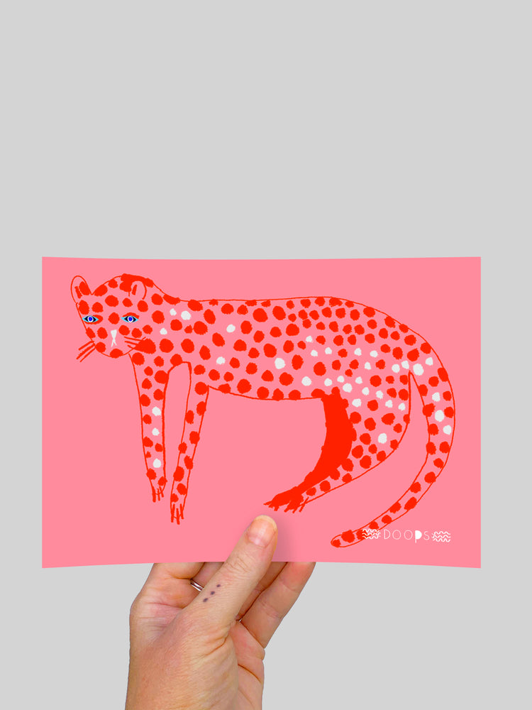 Load image into Gallery viewer, Pinky Leopard (large) A5 Postcard