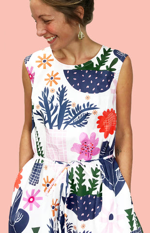 1 x SALE (WHITE LEFT)Retro Pot Plant Garden 100% cotton dress with pockets (sleeveless)