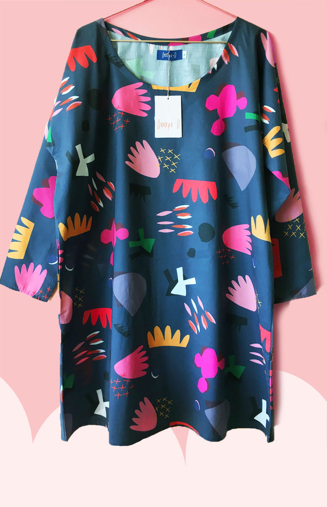 Cut Pot Play 100% cotton dress (Photo of Short Sleeve version look at bathing lady navy)