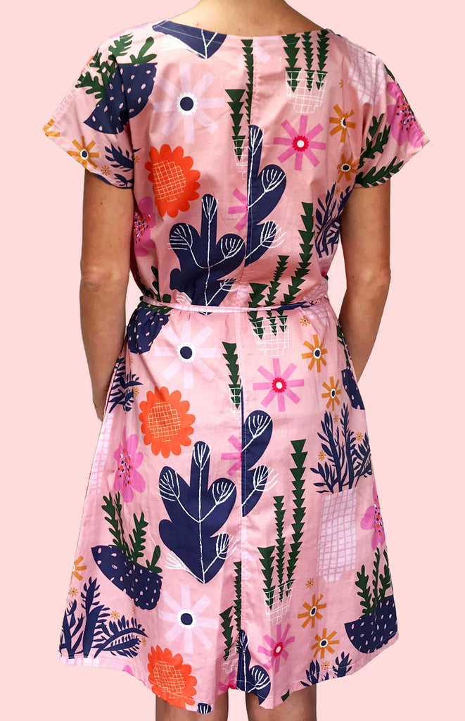 SALE Peach Retro Pot Plant Garden 100% cotton dress with pockets (cap sleeves)