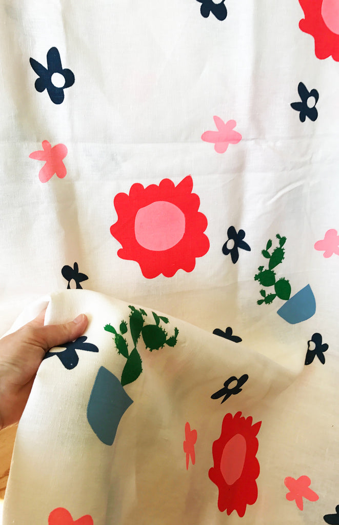 """Potplant Cactus"" 100% Off White Linen Throw"