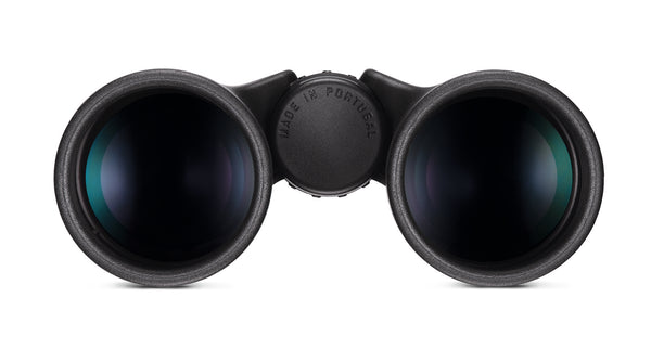 Quality coatings and a rugged design make the 10x42 Trinovid HD binocular a great binocular for bird watching.