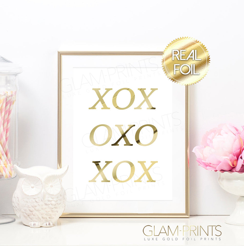 XOXO HUGS AND KISSES GOLD FOIL PRINT