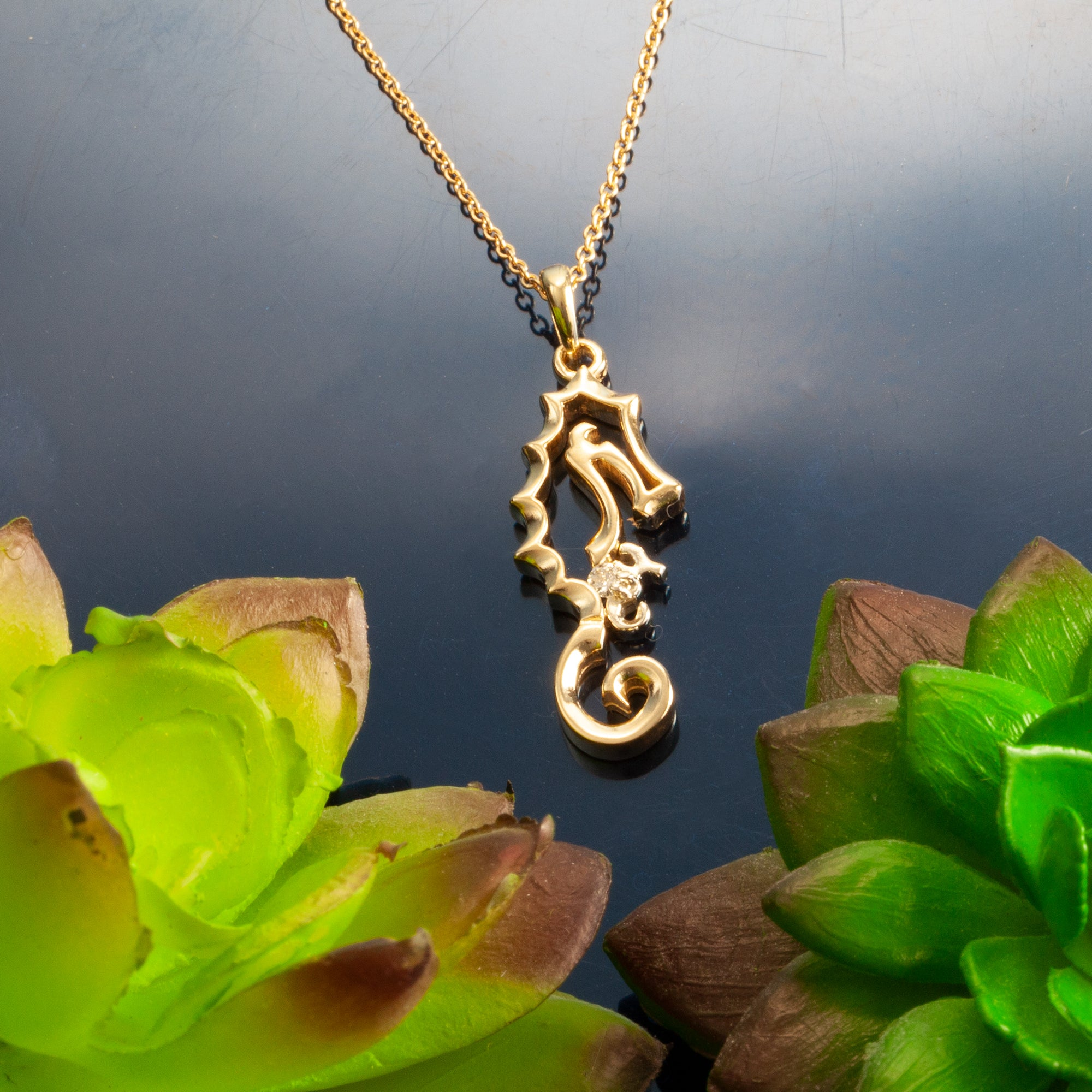 Seahorse With Baby Necklace Gold And Diamond Seahorse Pendant Caligodesign Com