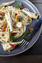 Spaghetti with Masseria Mirogallo Artichokes, Lemon & Mint