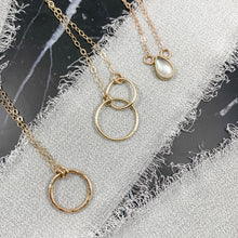 Load image into Gallery viewer, 14K Gold Double Link Circle Necklace