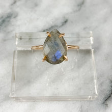 Load image into Gallery viewer, Pear Labradorite Ring