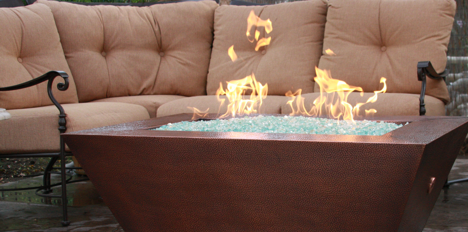 A Guide to Fire Pit Materials: Concrete, Copper, Steel, and Tile