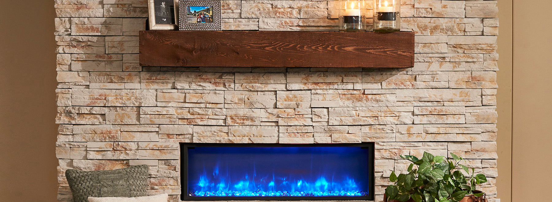Outdoor GreatRoom Gallery Linear Supercast Wood Mantel Gallery Linear Built-In Electric Fireplace GBL-44