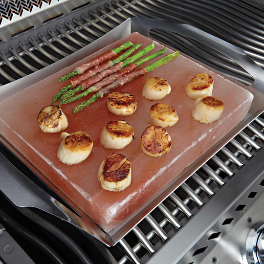 Napoleon Himalayan Salt Block with PRO Grill Topper