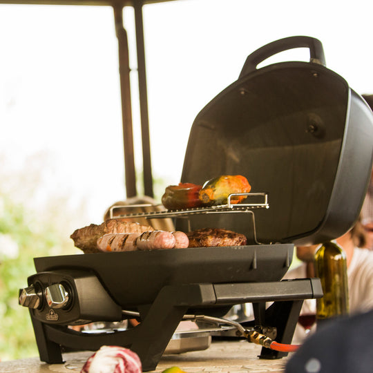 TravelQ PRO285 Black Portable Gas Grill