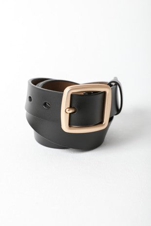 Instant Connection Faux Leather Belt in Black