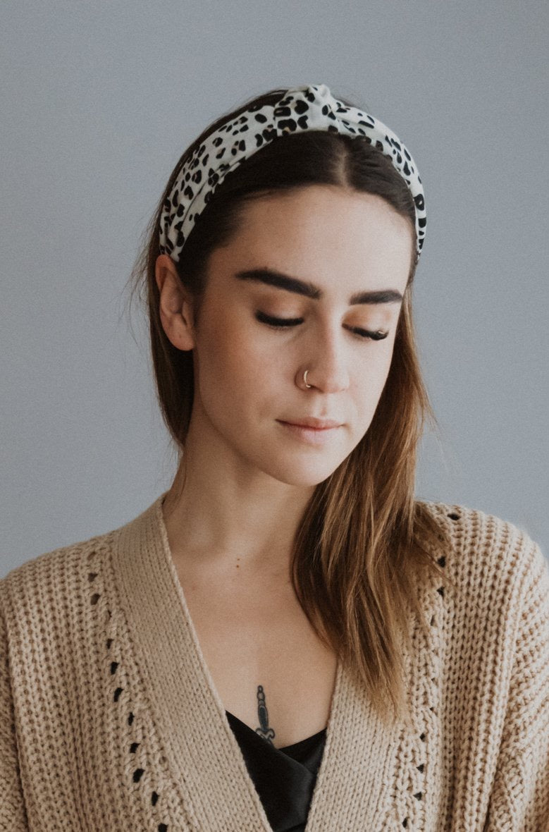 xSOLD OUTx Head On Over Knot Headband