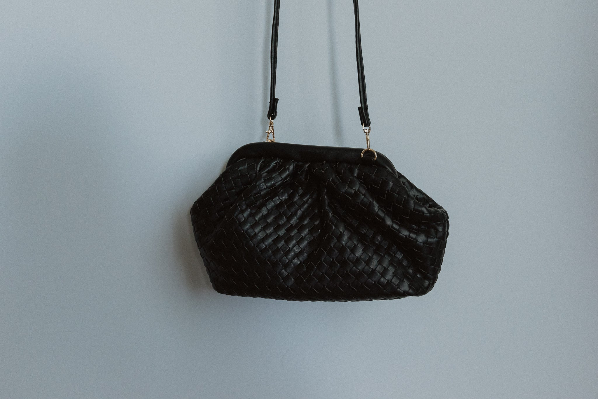 Crowd Pleaser Crossbody in Black