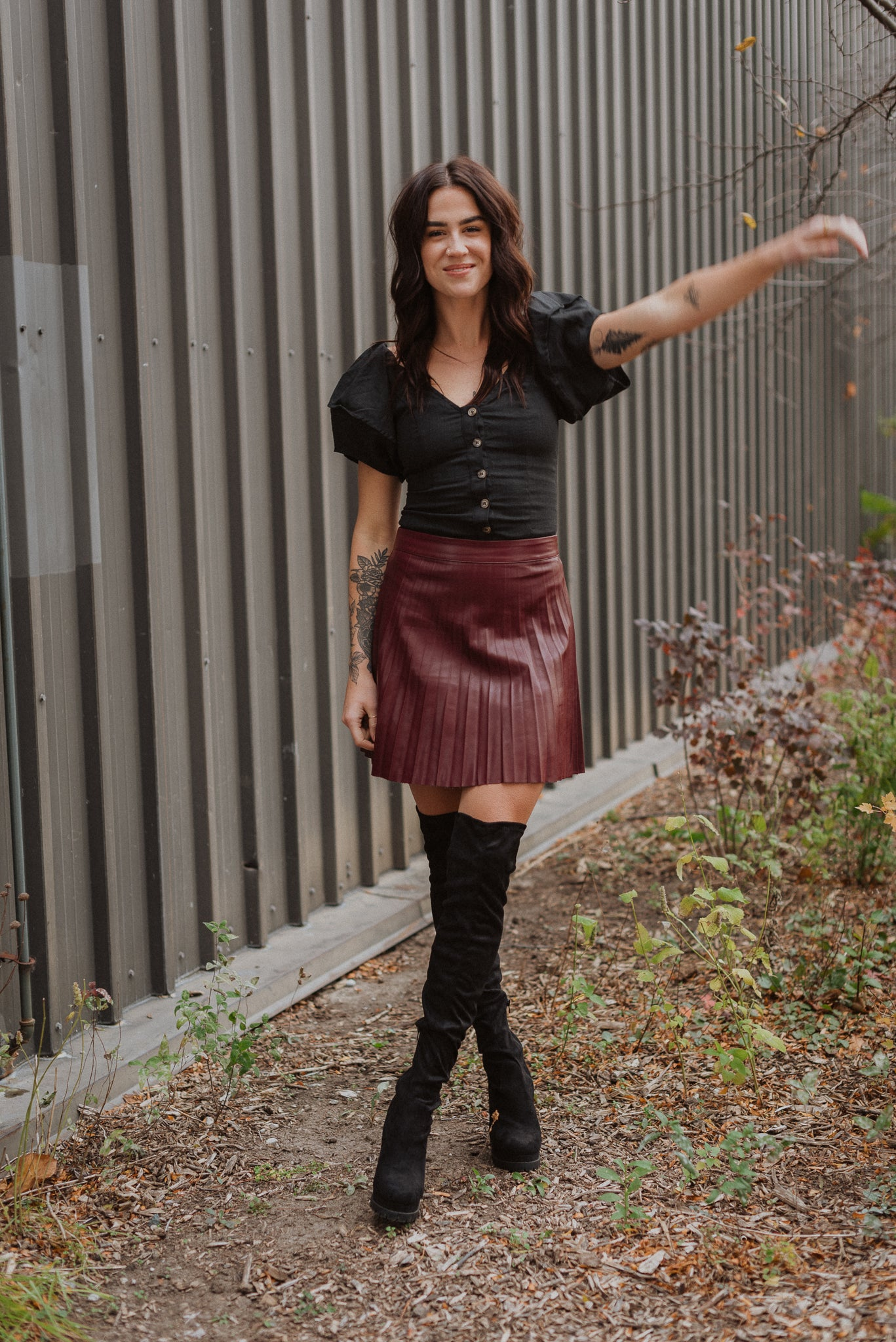 Pleat and Greet Faux Leather Skirt in Wine